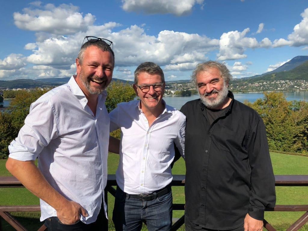 Nicolas Nyfeler et Jean-Pierre Candaux en compagnie de François Sommer